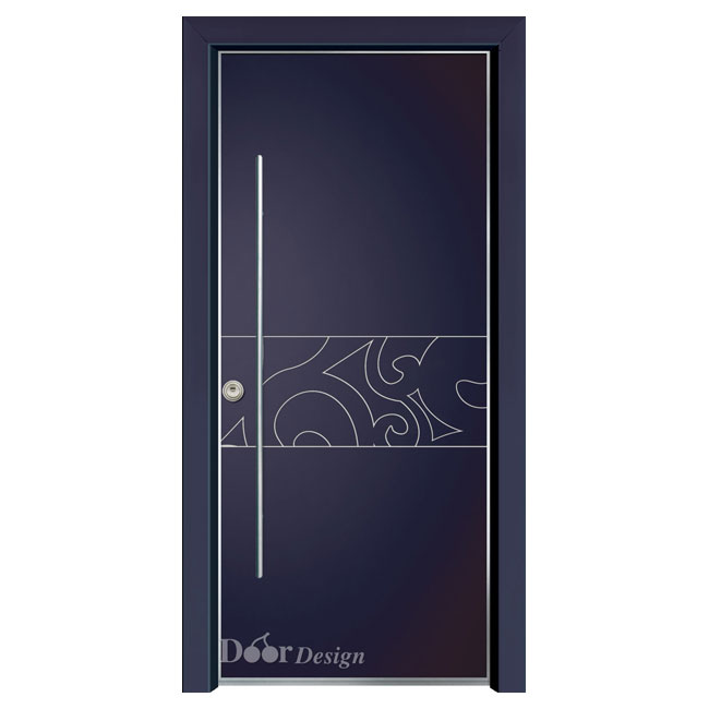 דלת עם חריטה במרכז