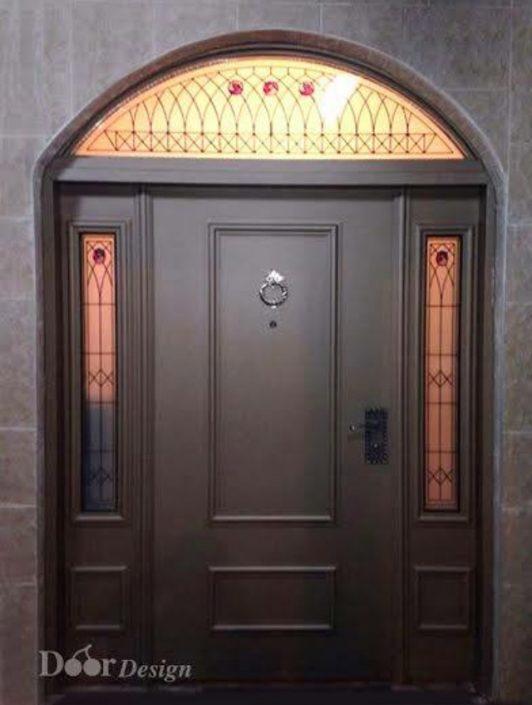 דלת כניסה פלדה בעיצוב יחודי המותאם לפתח קשת
